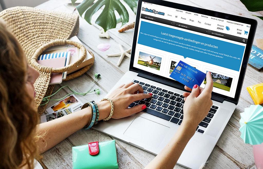 Imagem de mulher fazendo compra na internet em alusão à conversão
